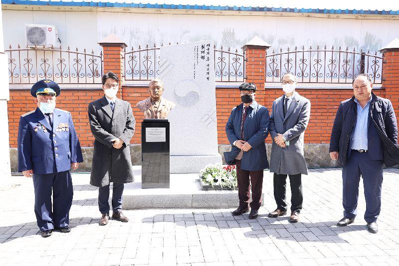 В Корейском культурном центре почтили память героев, погибших в борьбе с японскими интервентами