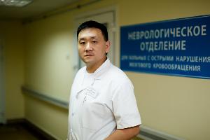 Дмитрий Хан: «От врачей зависит многое, но еще больше зависит от самого общества»
