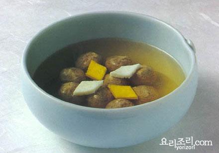 Сокоги ванджатан 쇠고기 완자탕