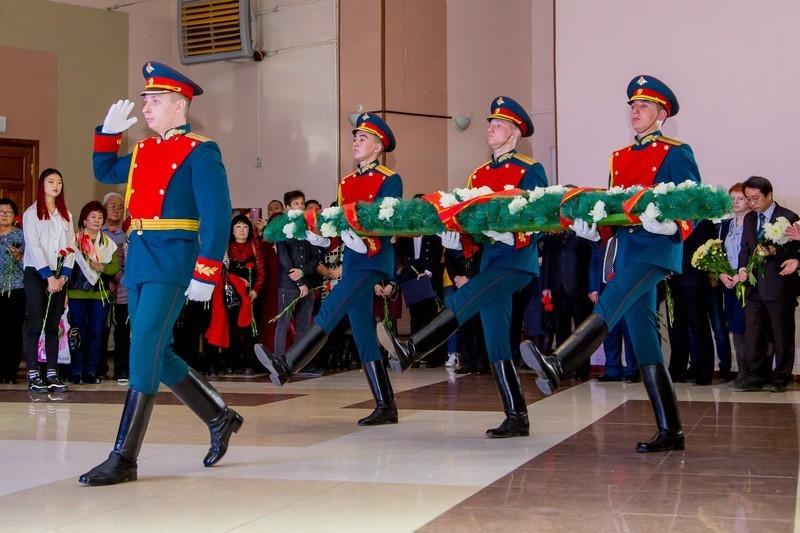 В благодарность за независимость: погибших освободителей почтили в Уссурийске